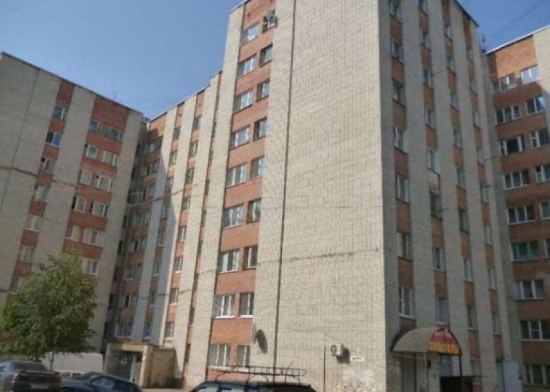 В Смоленске в подвале жилого дома загорелся мусор