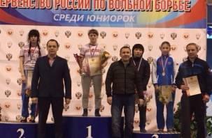Смоленская студентка-вольница стала чемпионкой России по женской борьбе среди юниорок