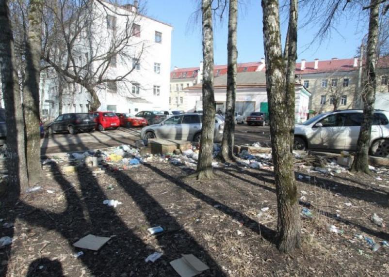 В Смоленске стартовал конкурс на самый чистый двор