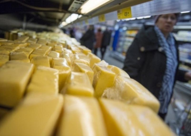 В Тюмени забраковали 38 килограмм смоленского сыра