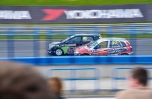 На «Смоленском кольце» стартовал первый этап Российской серии кольцевых гонок — 2016