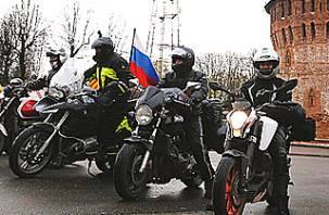 «Ночные волки» проехали через Смоленск, но в Польшу их снова не пустили