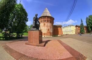 Туристические автобусы больше не остановятся у сквера Памяти Героев и у Федора Коня