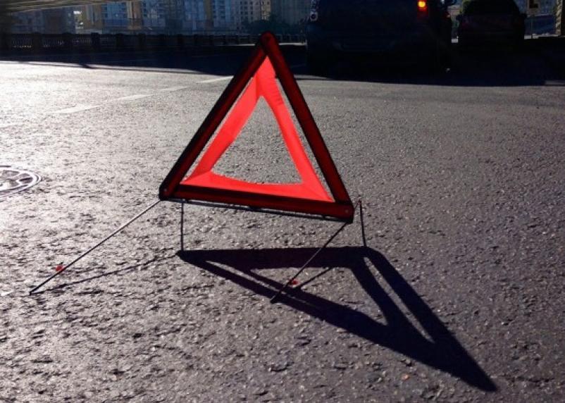 В Вяземском районе грузовик протаранил «Опель»