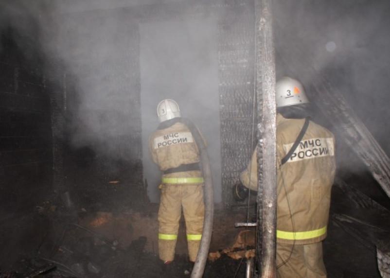 В Смоленске и области сгорели дача и баня