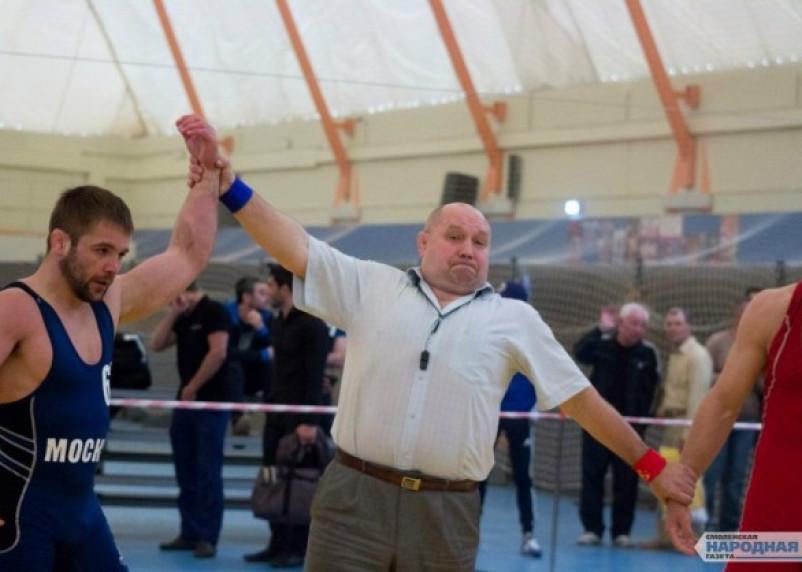 Антон Власенков выступит на предолимпийском чемпионате России по вольной борьбе