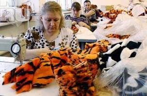 В Смоленске шьют игрушки для детей и взрослых