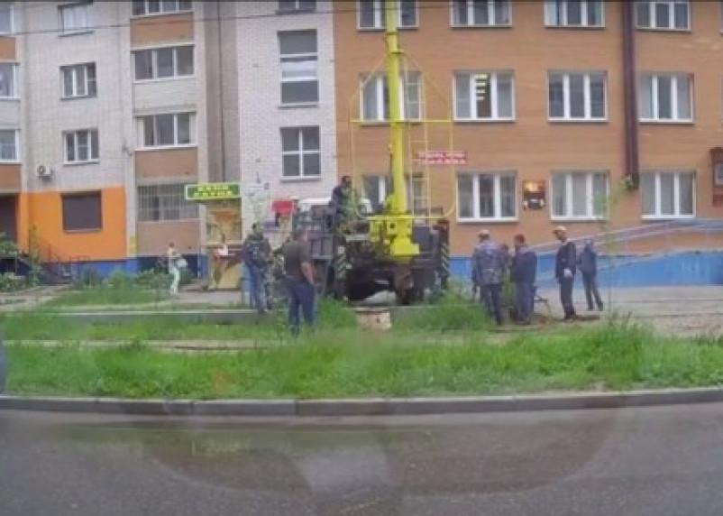 В Смоленске рабочие продырявили газопровод