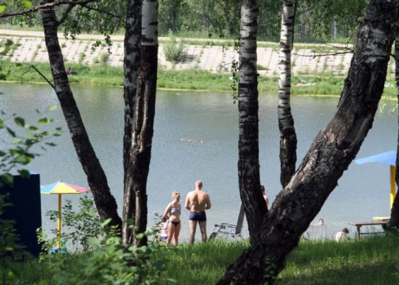 В Реадовском озере отдыхающие спасли тонущую девушку