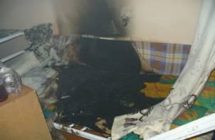 В Починковском районе мужчина едва не сгорел в постели