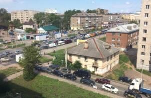 Из-за ремонта проспекта Строителей и улицы Шевченко парализован Промышленный район
