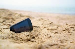Смоленский разбойник украл смартфон у рязанца, пока тот купался