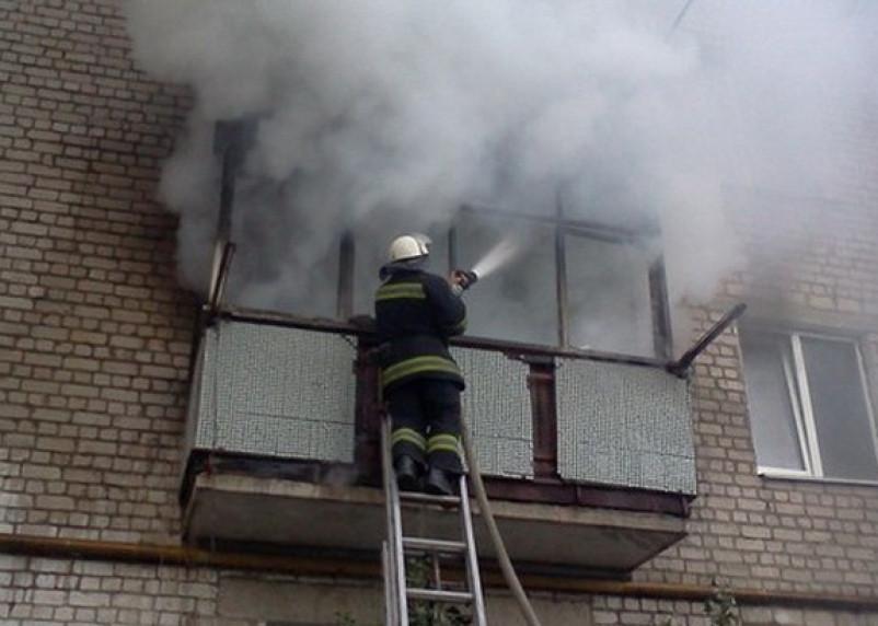 Непотушенная сигарета стала причиной пожара на балконе