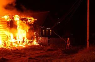В Рославльском районе сгорел жилой дом