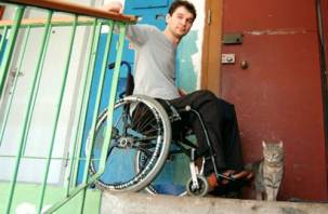 Смоленских инвалидов обеспечат колясками на 2 миллиона рублей