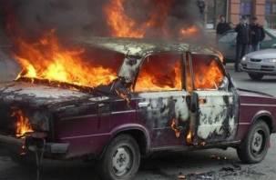 В Холм-Жирковском районе во время движения загорелась «семерка»