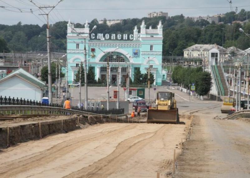 В мэрии Смоленска признали затягивание сроков сдачи Пятницкого путепровода