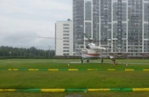 Больной из Смоленска доставлен в Питер на вертолете МЧС