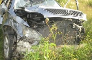 В Смоленском районе Lexus опрокинулся в кювет