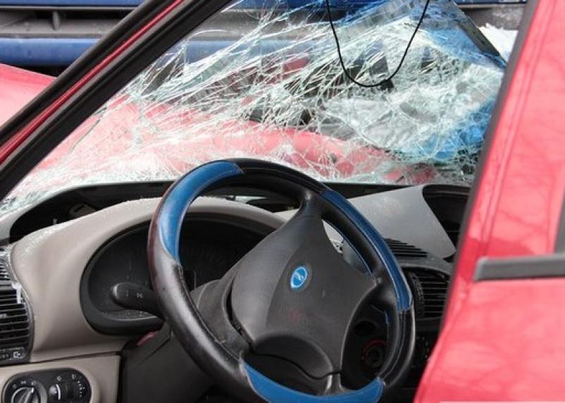 При лобовом столкновении в Починковском районе пострадал человек