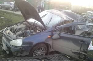 В Рославле водитель влетел в забор и бросил покалеченного пассажира