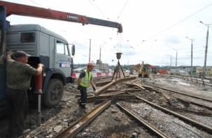 С Пятницкого путепровода в Смоленске украли трамвайные рельсы?