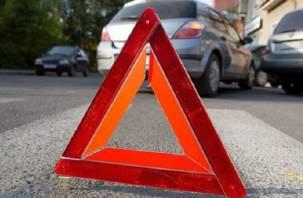 Смолянин въехал в ворота автостоянки и подбил несколько автомобилей