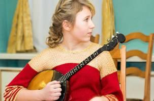 Смоленский музыкальный педагог и ее ученица стали победителями российских конкурсов
