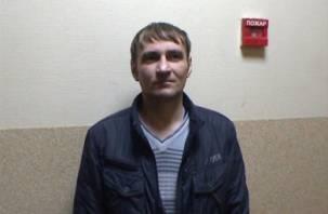 Житель Глинковского района поджег иномарку и смотрел, как она горит