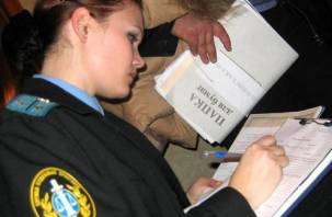 В Смоленске бывшего судебного пристава оштрафовали на полмиллиона
