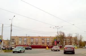 Жители улицы Кутузова привыкают к ее новому облику