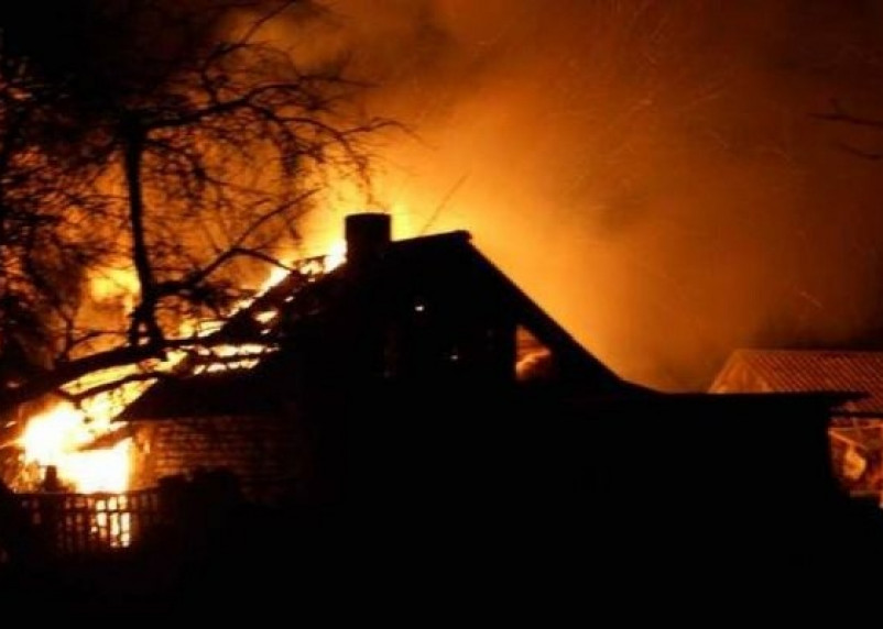 На Смоленщине сгорели три дачи. Мужчина госпитализирован