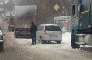 Последствия снегопада в Смоленске: «жесть» продолжается