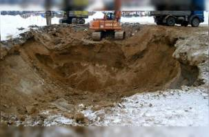 Под Смоленском семь строителей засыпало землей