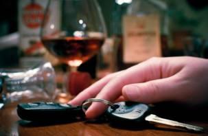 Два десятка пьяных смолян сели за руль в выходные