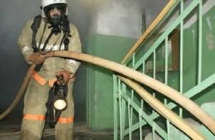 В Дорогобужском районе из горящего дома эвакуировали 30 человек