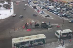 В Смоленске на Колхозной площади появятся островки безопасности