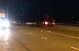 В Смоленске произошло жесткое ДТП с участием трех авто (видео)