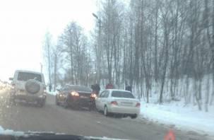 Утренний «стояк»: как Смоленск справляется с последствиями очередного снегопада
