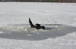 В Дорогобужском районе мужчина провалился под лед и утонул