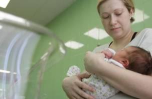 Стало известно, какие имена дали смоленским новорожденным в октябре