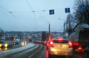 В Смоленске запустили двустороннее движение по Пятницкому путепроводу