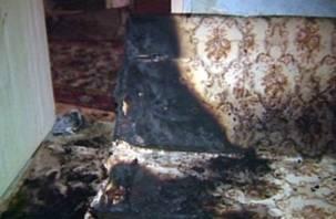 В Смоленской квартире вспыхнул пожар из-за непотушенной сигареты