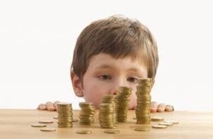 Смоленский неплательщик алиментов испугался и разом заплатил ребенку 80 тысяч