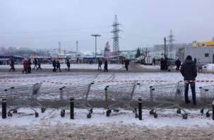 Закрытие парковки «Линии» спровоцировало гигантскую пробку в Смоленске
