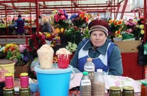 Пенсионерам из Смоленска предоставили бесплатные места для торговли