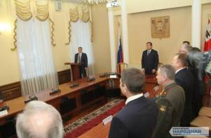 В Смоленске прошла скромная инаугурация главы города. Фоторепортаж