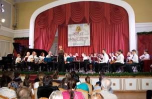 Две школы Смоленска отметили свои юбилеи