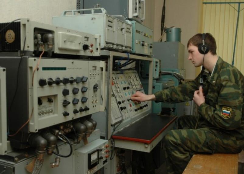 Смоленские военные создали «невидимую» радиостанцию