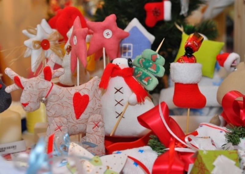 В Смоленске будет работать ярмарка новогодних сувениров
